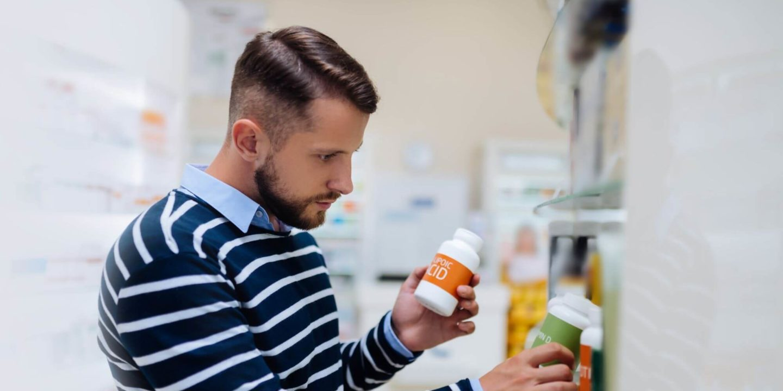 Man browsing supplements - Hidden Gluten in Vitamins and Supplements | NSF International