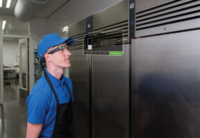 Restaurant worker checking equipment with smartglass - Checklists, Self-Audits and Inventory Management | NSF International