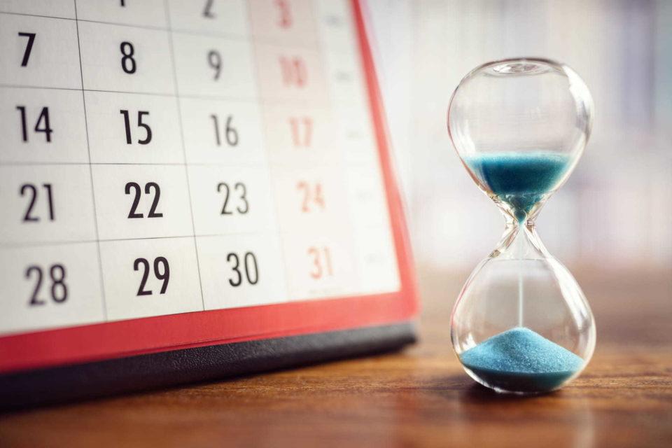 Hourglass and calendar - In Vitro Diagnostic Medical Device Regulation (IVDR)   NSF International