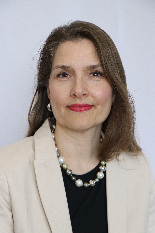 Petra Schennach headshot